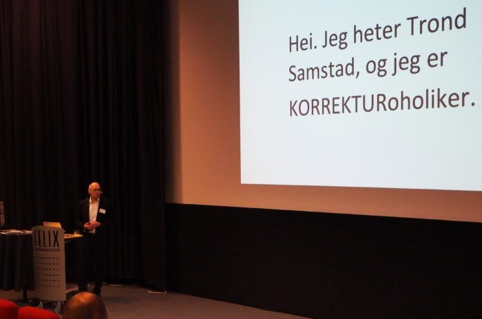 Trond Samstad i Samtext holder foredrag om korrektur
